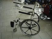 Sprchovacia stolička pojazdná